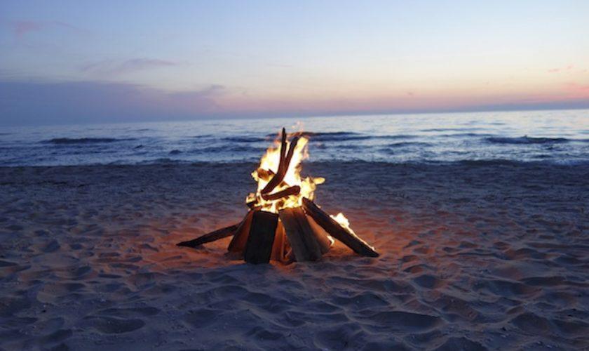 Building a Boasty Bermy Bonfire in 6 Steps