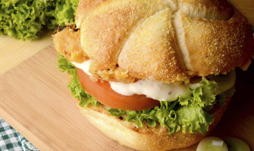 The Bermudian Cooks: Bailey's Bay Fish Sandwich