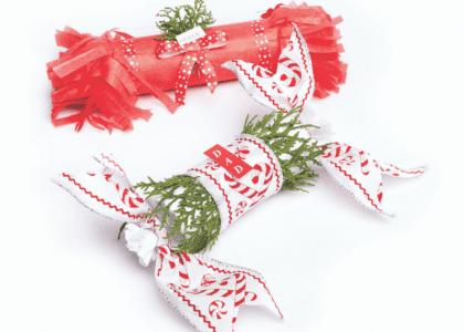 DIY Christmas Cracker Place Cards