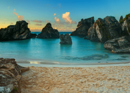 Tourist in Your Own Town: 5 Iconic Bermuda Things to do this Weekend!